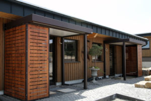 Eingänge BONDA RANCH HOUSE